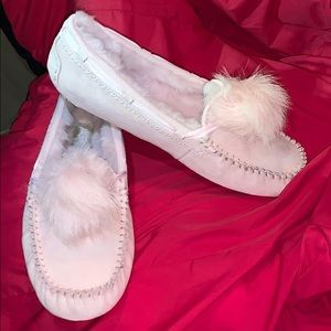 Pink UGG moccasin slippers NWT